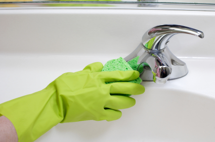 Blog HomeAdvantage Plus LLC - What to use to clean bathroom sink